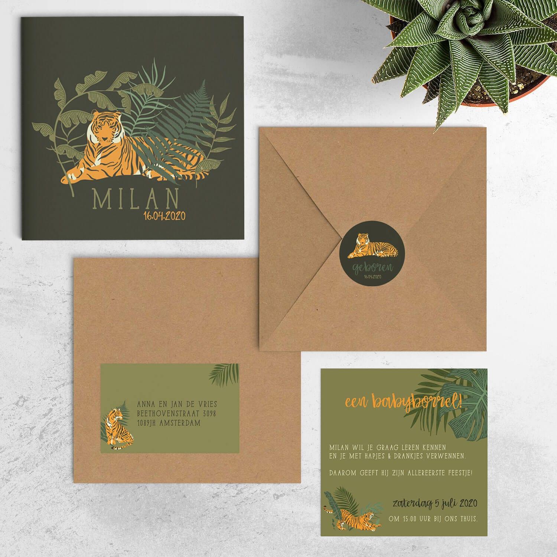Geboortekaartje tijger collectie met bijpassende producten zoals een adreslabel en kraamborrel uitnodiging.