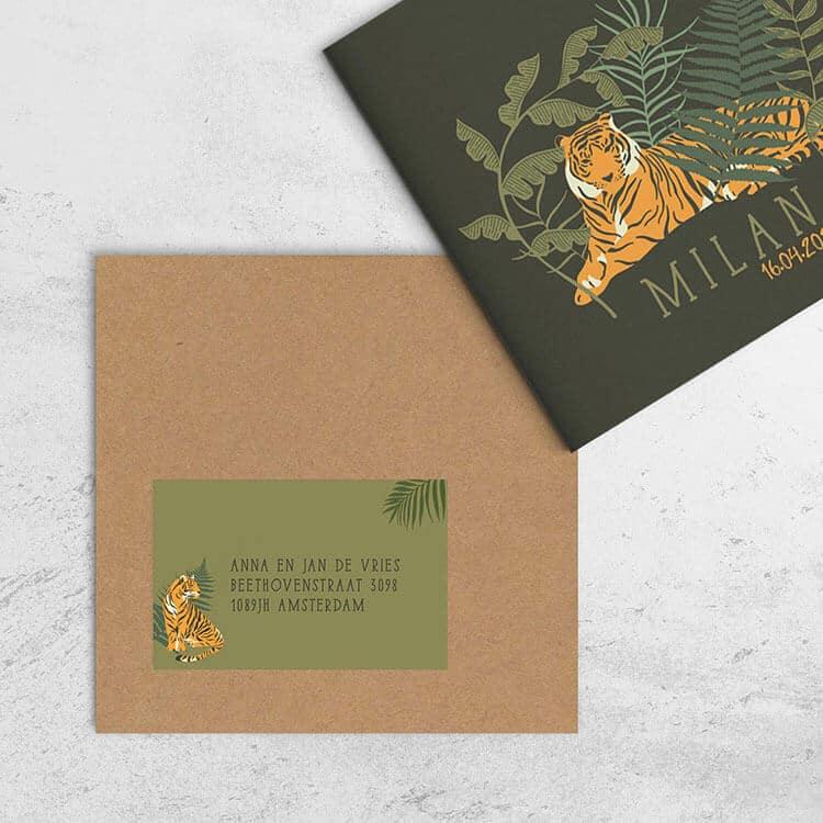 Gebruik een adressticker - naar wie stuur je geboortekaartjes?
