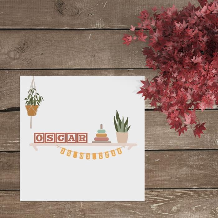 Geboortekaartje Shelfie speelt in op de populaire instagram hashtag, waarbij mensen hun gestylde wandplank of boekenkast laten zien.
