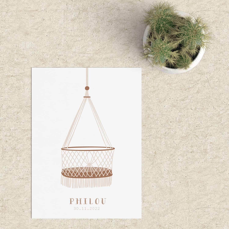Geboortekaartje Wiegje neemt je mee naar het leven met een baby. Een rustig ontwerp met zachte bruin-tinten en een leuke illustratie.