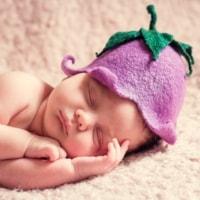 Schattige baby | Realistische geboorteaankondigingen