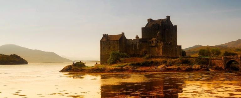 Kasteel aan de Schotse kust | Populaire Schotse namen